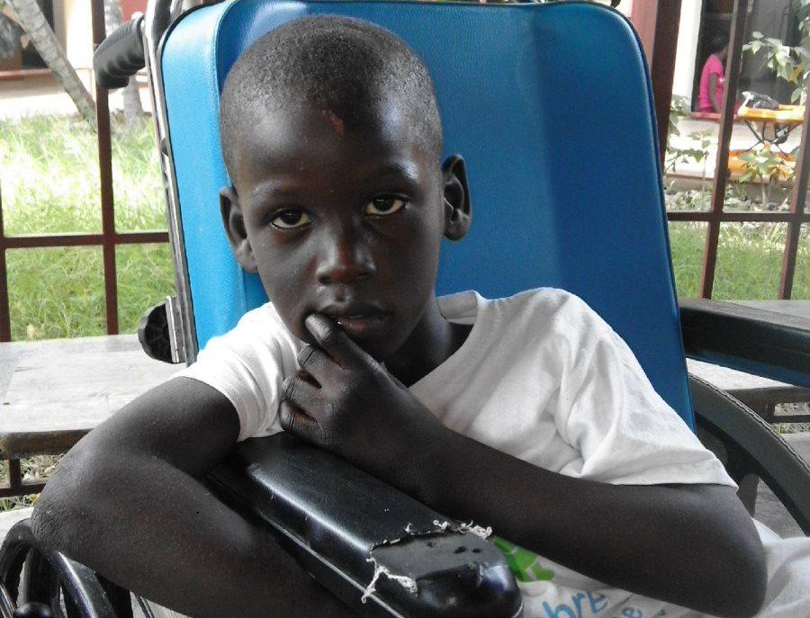 Sottoscrizione culle bambini disabili Haiti
